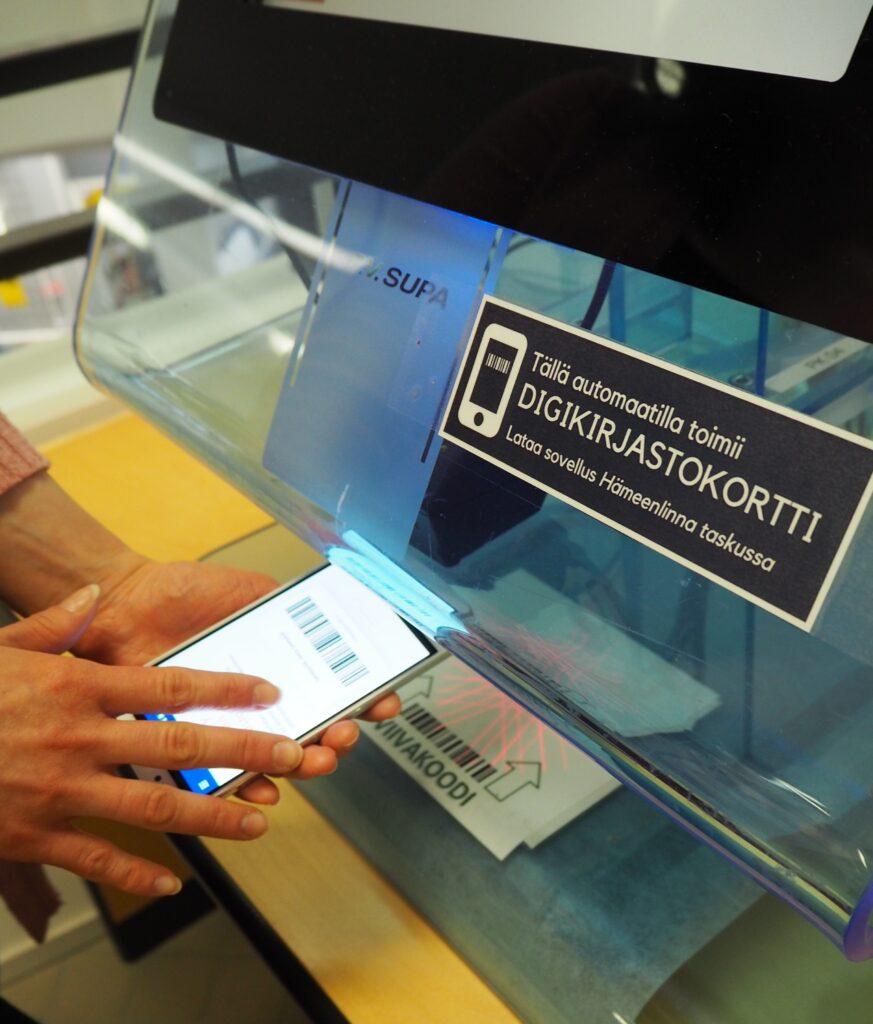 Sähköinen kirjastokortti on otettavissa käyttöön Hämeenlinna taskussa -sovelluksella